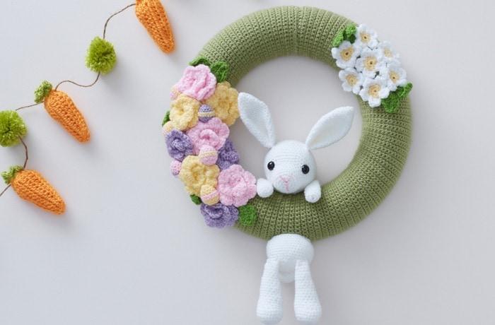 Amigurumi Easter Wreath