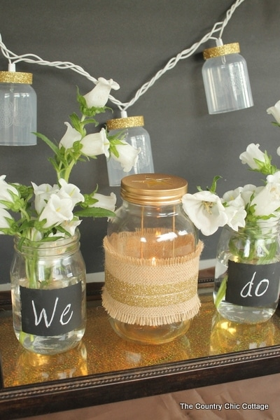 Rustic Mason Jar Wedding Décor