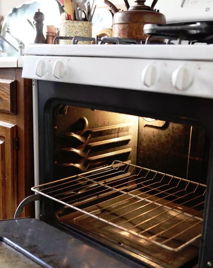 tidy oven