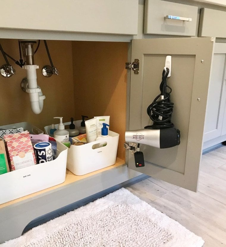 Command Hooks Inside Cabinets