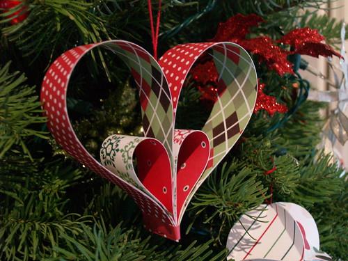 Festive Paper Hearts
