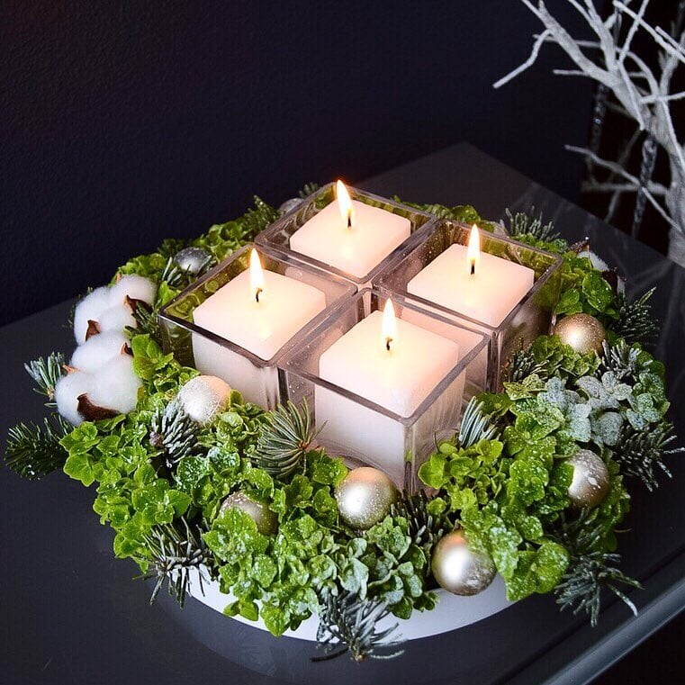 flower box candle arrangement