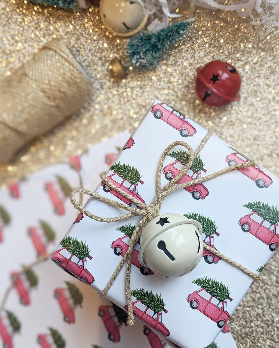 twine ornament idea