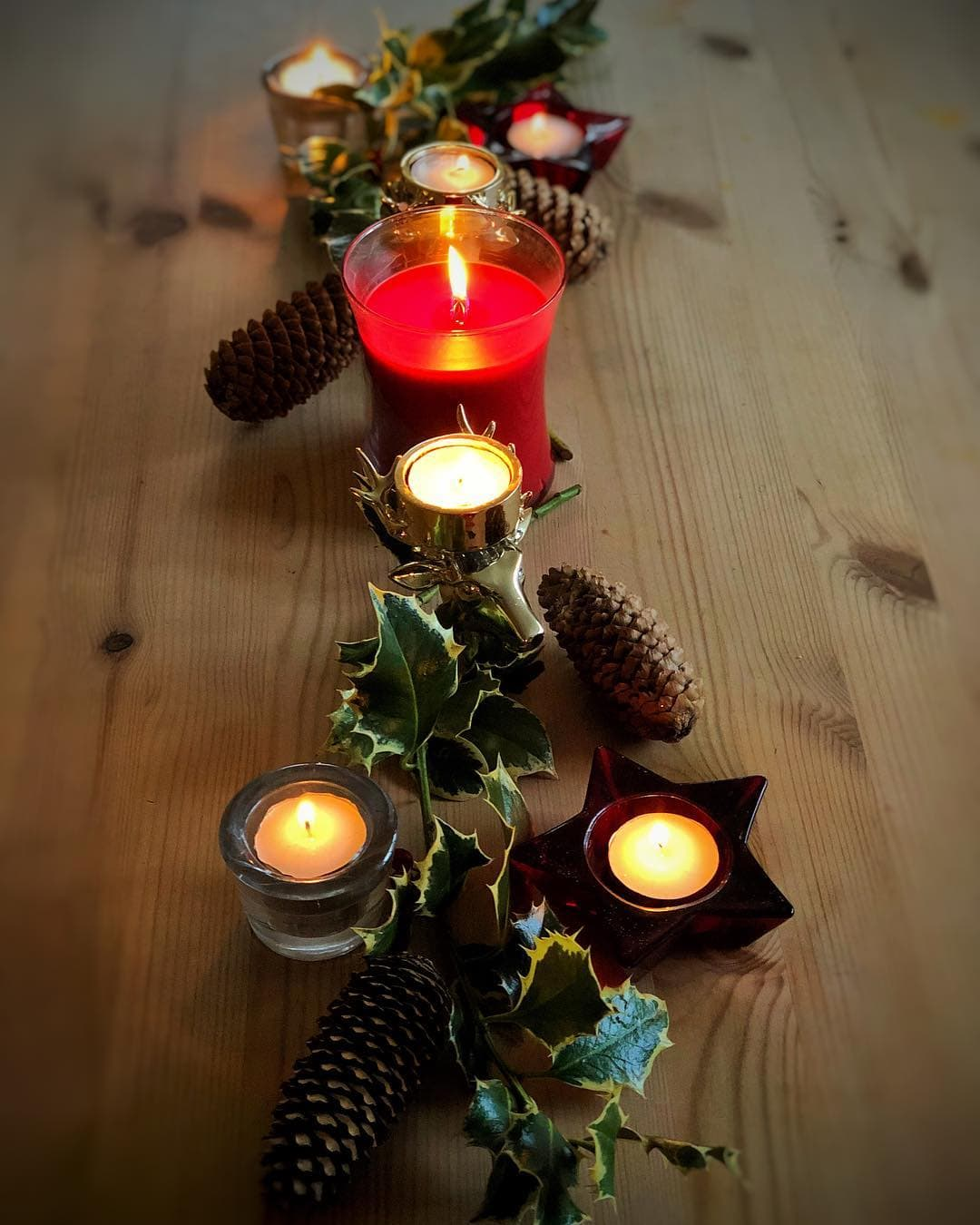 holly candle display