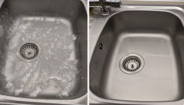 baking soda cleaning sink