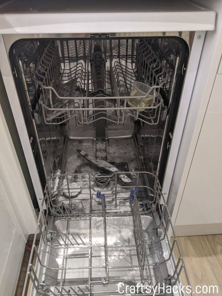 disinfect dishwasher