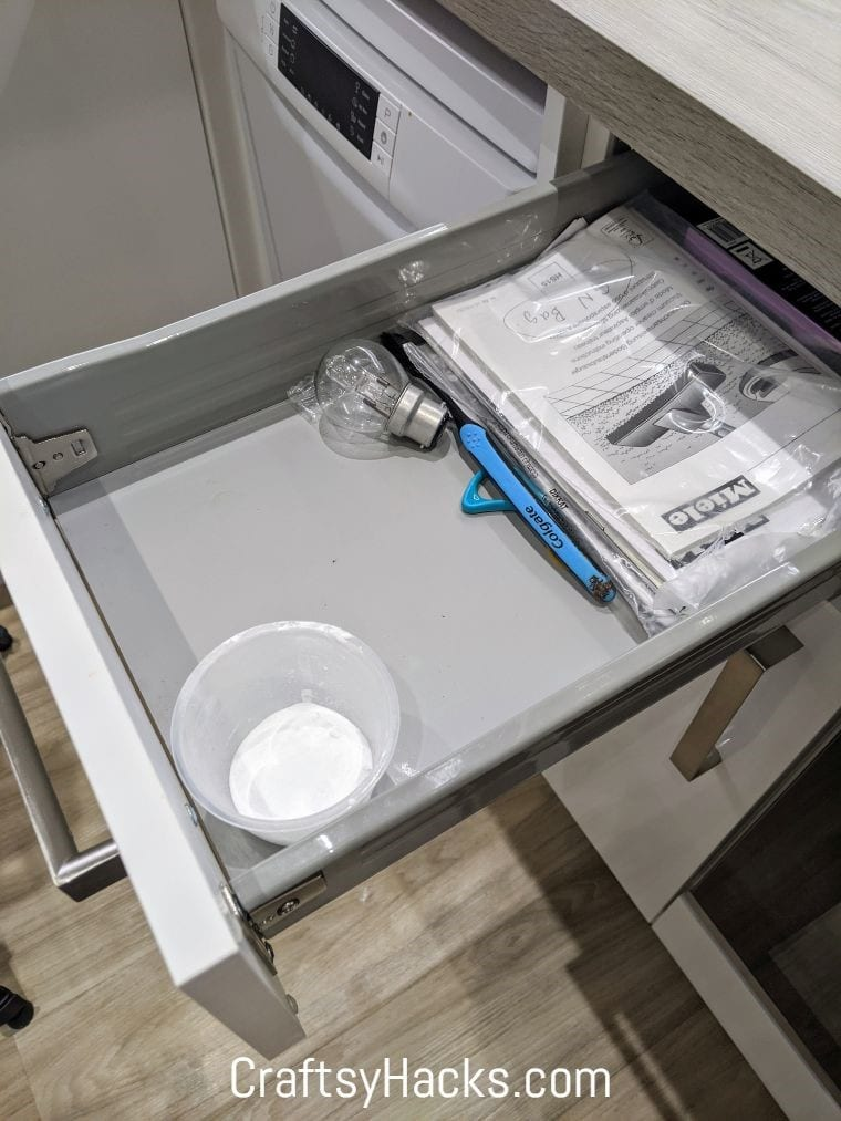 deodorize drawers