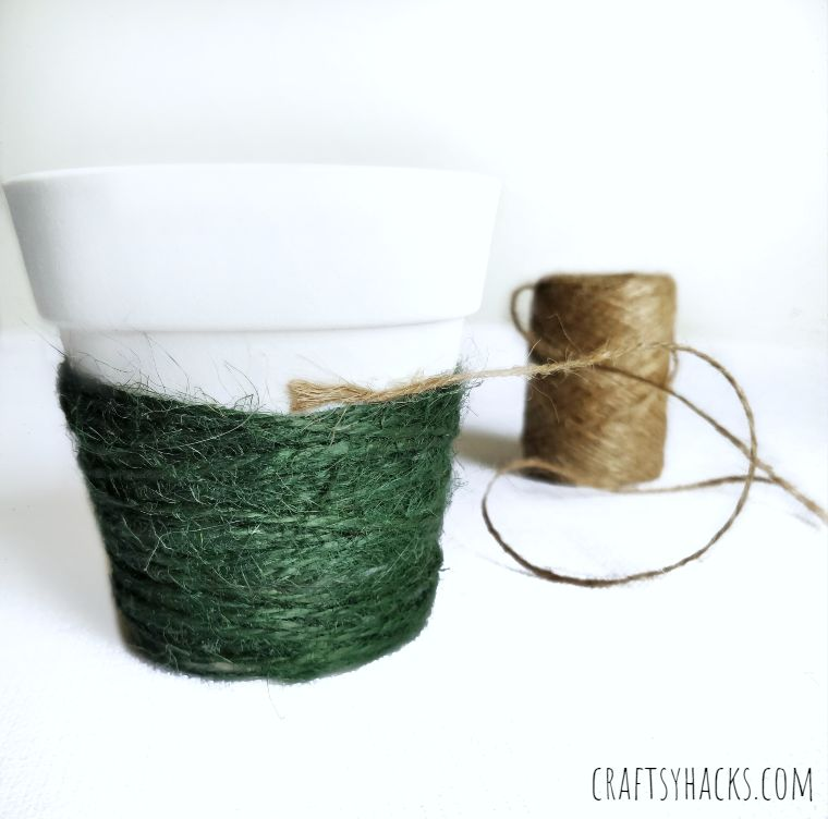 natural yarn planter