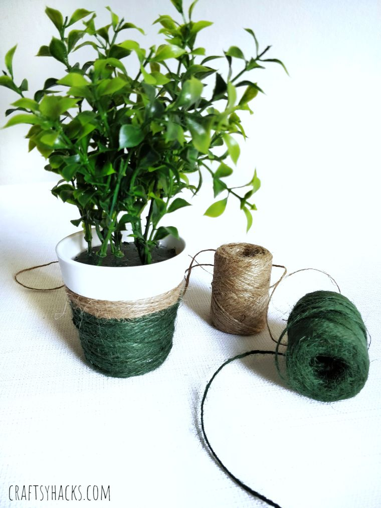 yarn wrapped flower pot