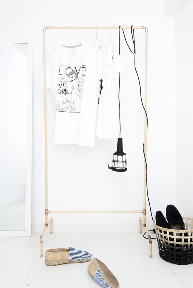 Clothes Hanger for Tight Spaces