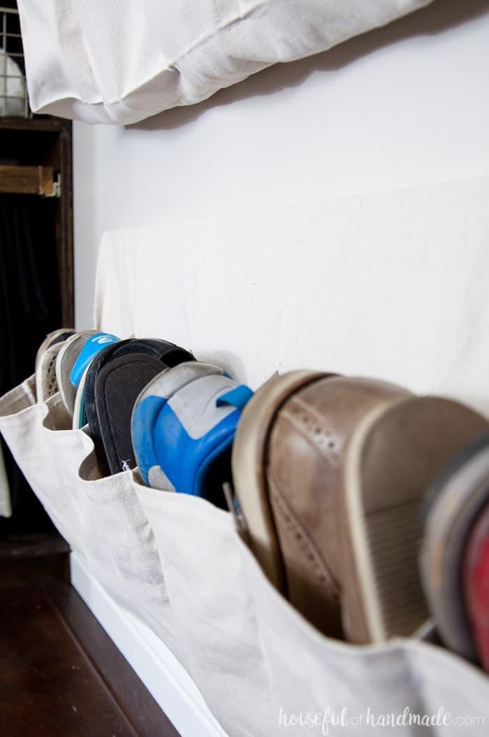 DIY Wall-Mounted Hanging Cloth Shoe Storage