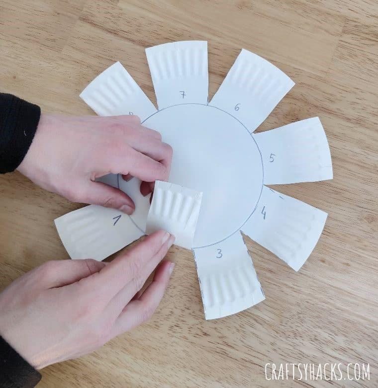 folding woven bowl
