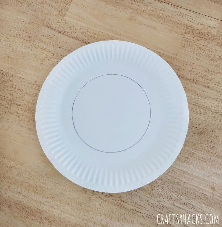 traced paper plate