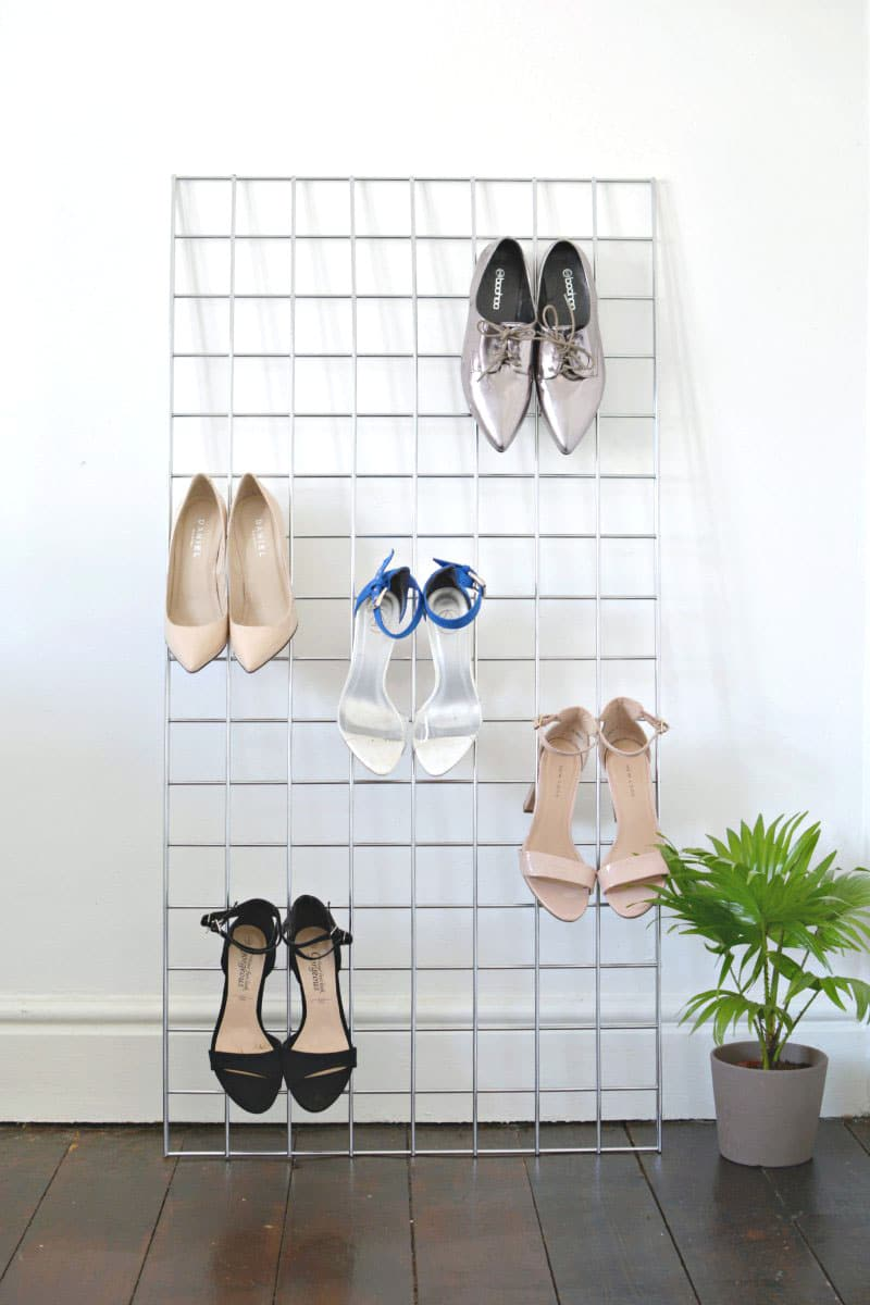 Grid Storage for Heeled Shoes