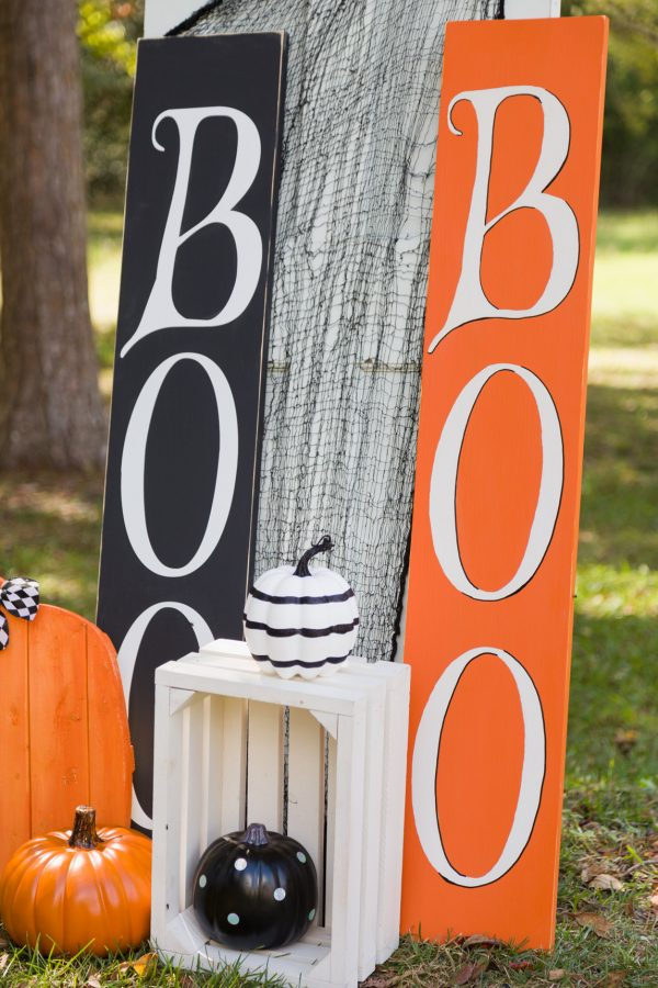Wooden BOO Signs