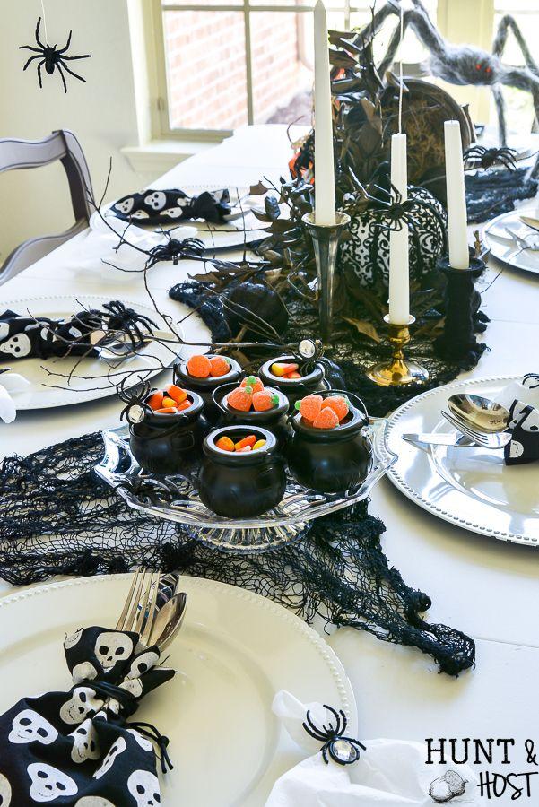 Halloween Farmhouse Table