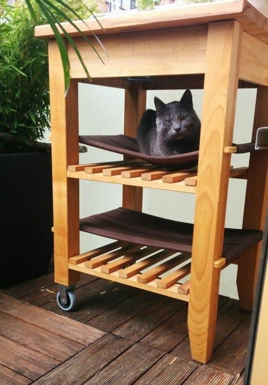 mobile island cat hammock
