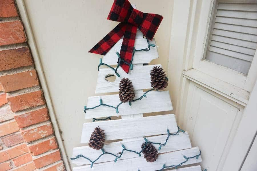 DIY wooden tree