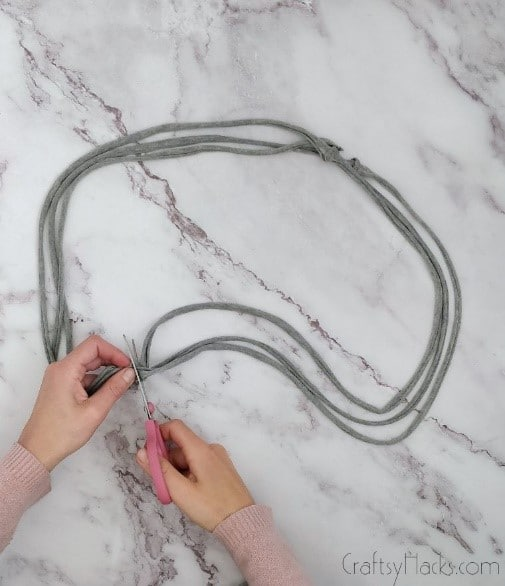 cutting loops seams