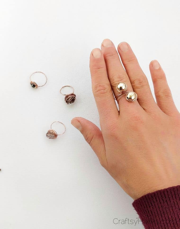 wire ring on finger