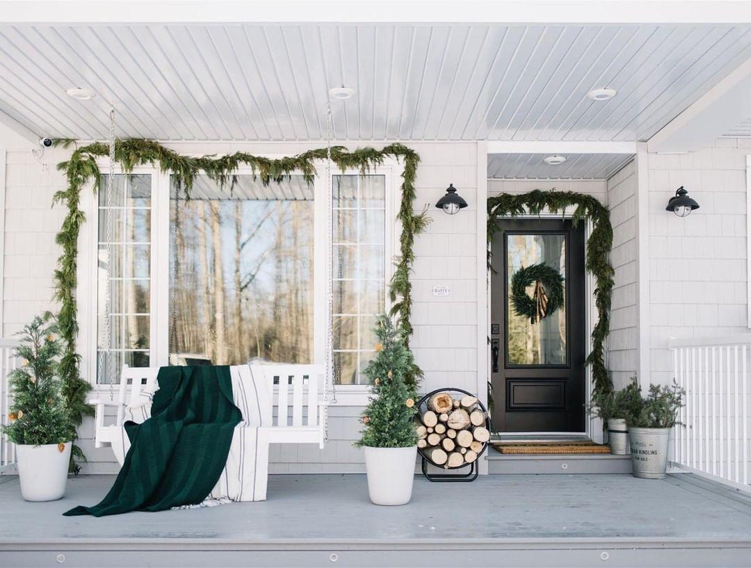 minimalistic porch