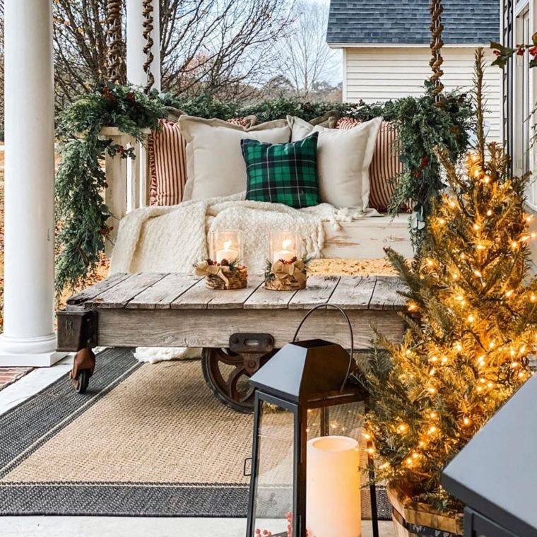 Mini porch christmas tree