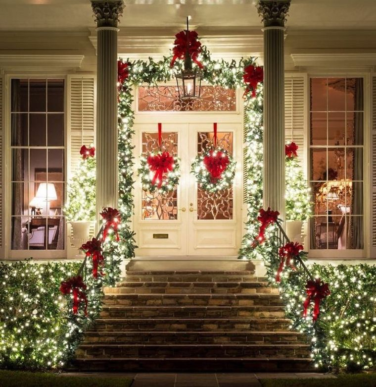 traditional garland porch