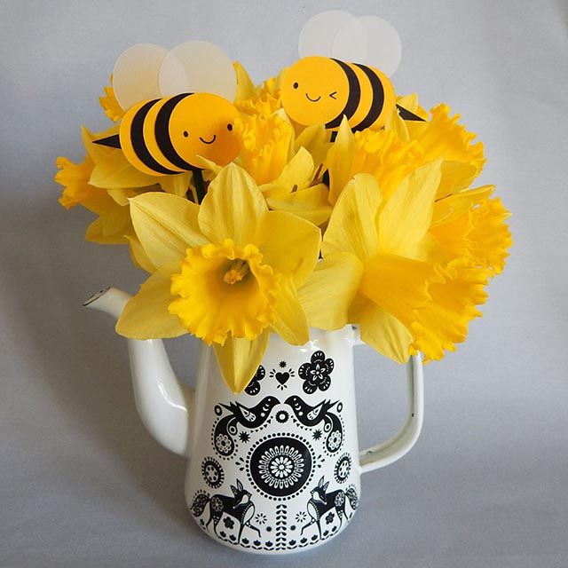 Bumblebee Paper Cut-outs