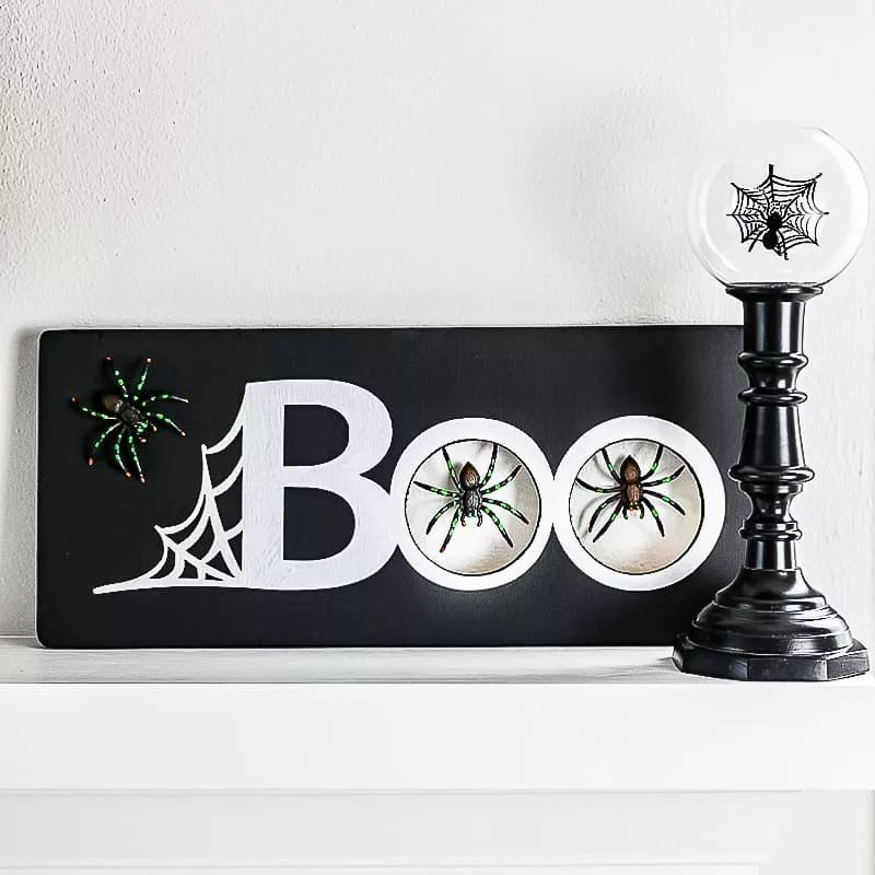 Mantel spider sign
