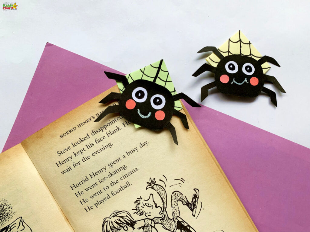 Origami Spider Corner Bookmark