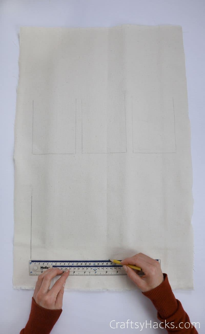 marking lines on fabric with ruler
