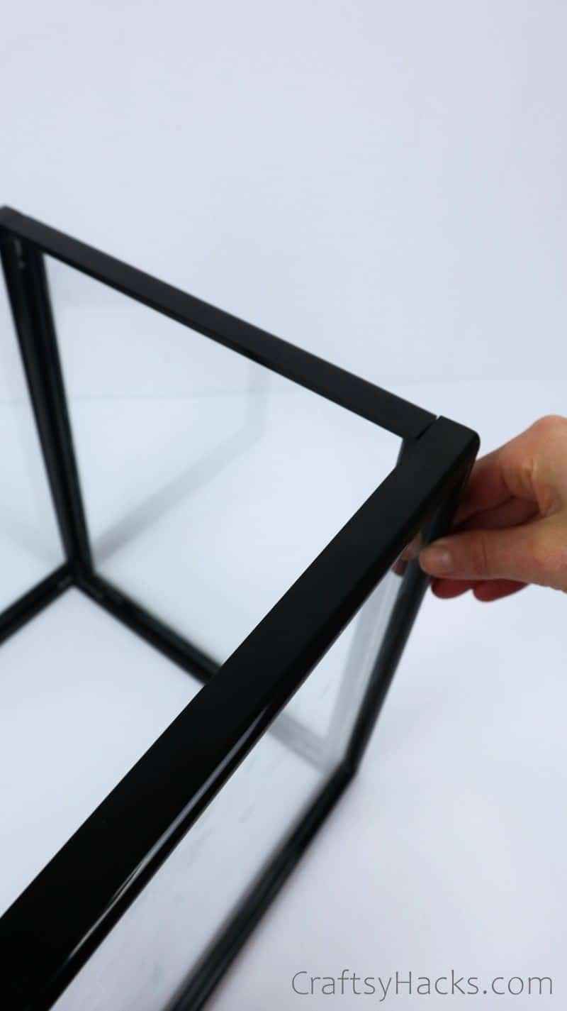 glueing frames together