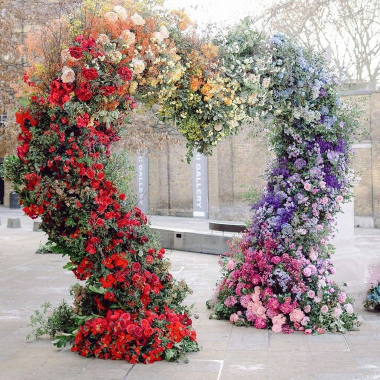 Floral heart arch