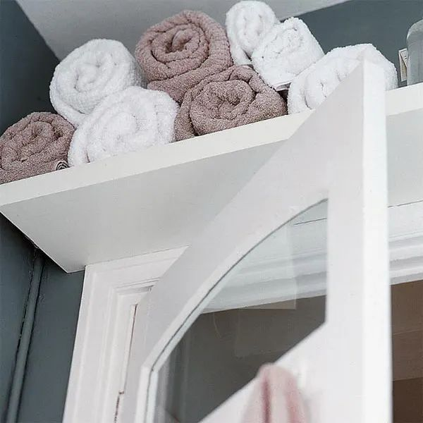 Above the Door Towel Storage