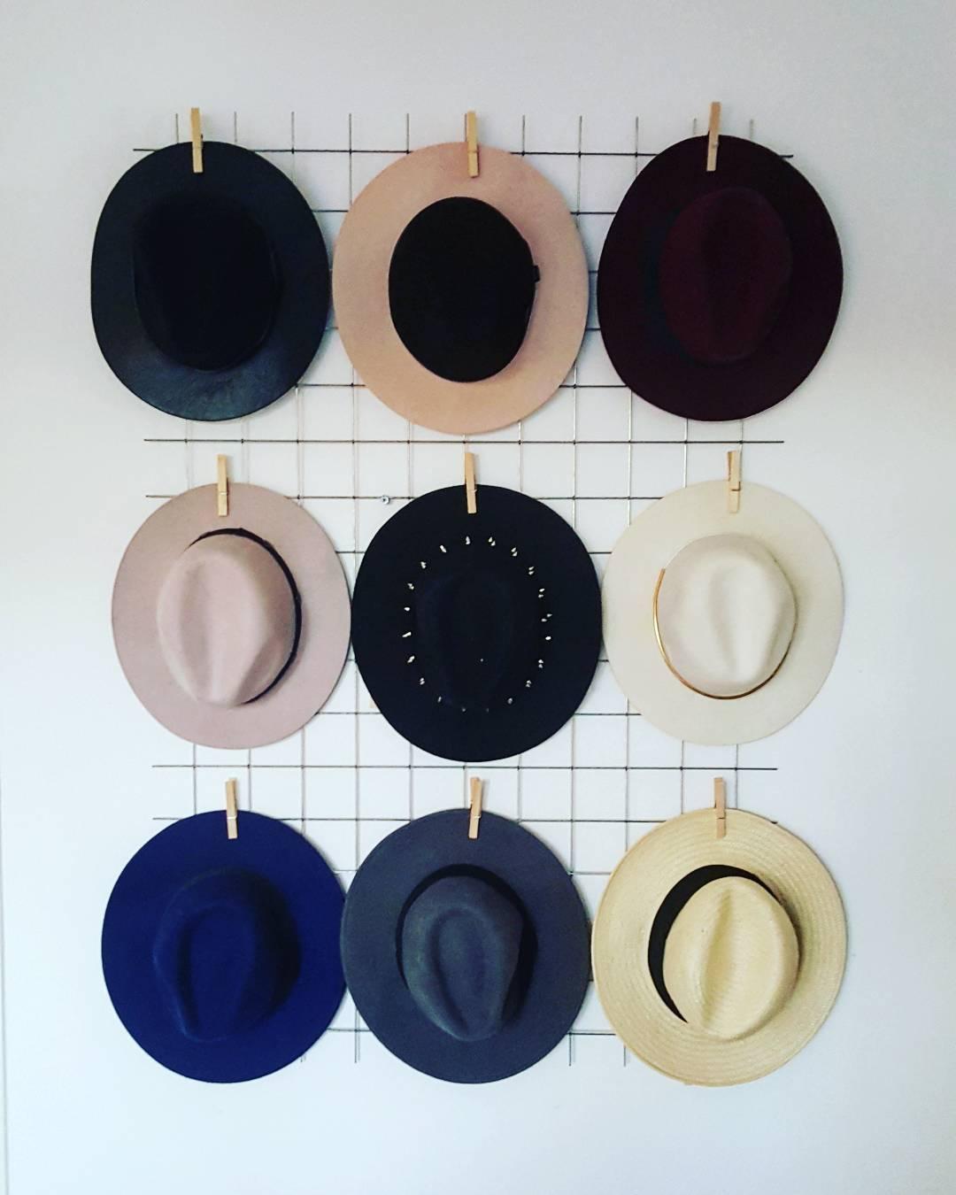 Hat Grid