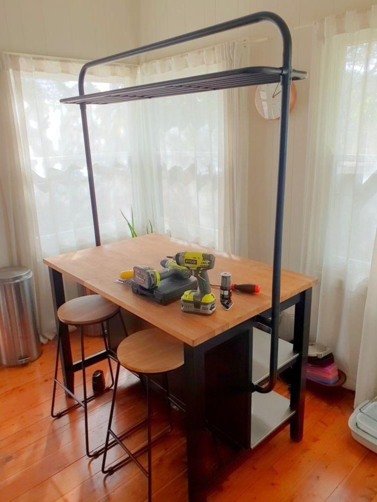 vadholma rack on table