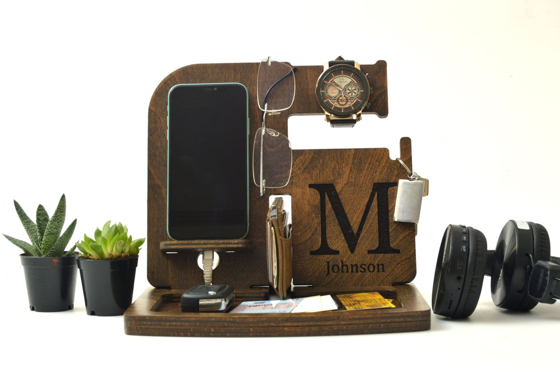 wood accessories holder