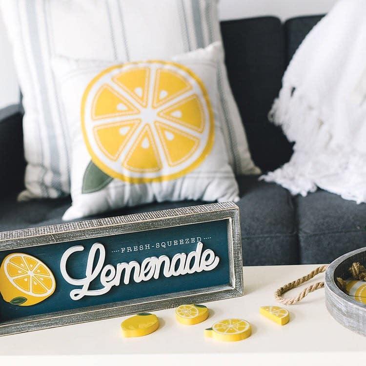 lemonade decor