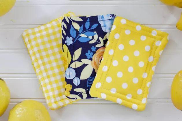 Reusable cloth sponges