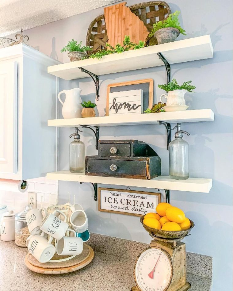 Vintage Shelf Decor