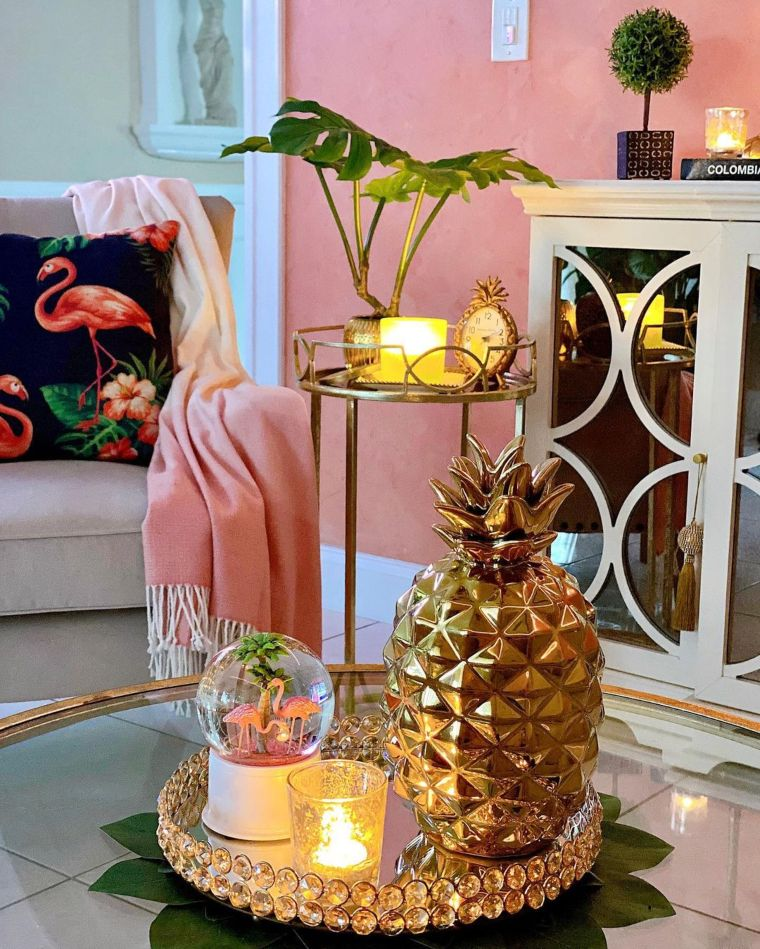 tropical pineapple centerpiece