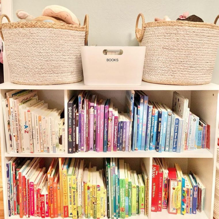 Kids' Book Shelf Organizer