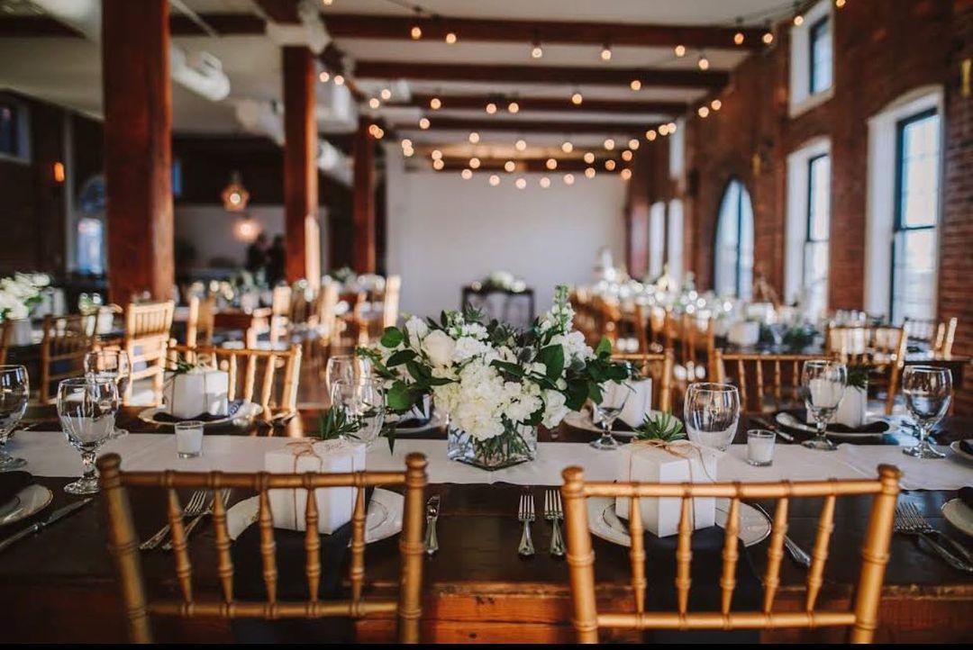 White, Wood, Wedding