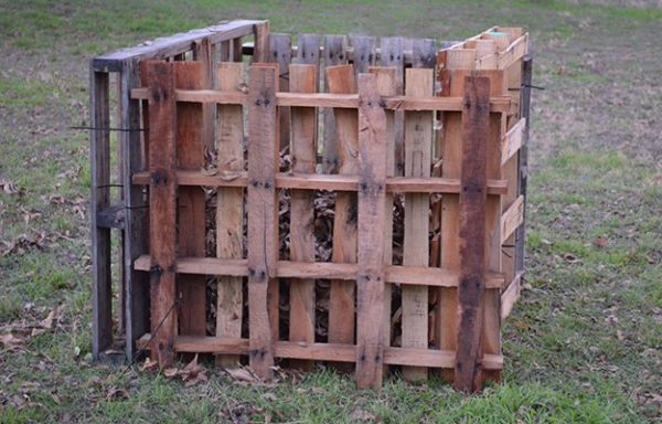 Pallet Project Compost Bin
