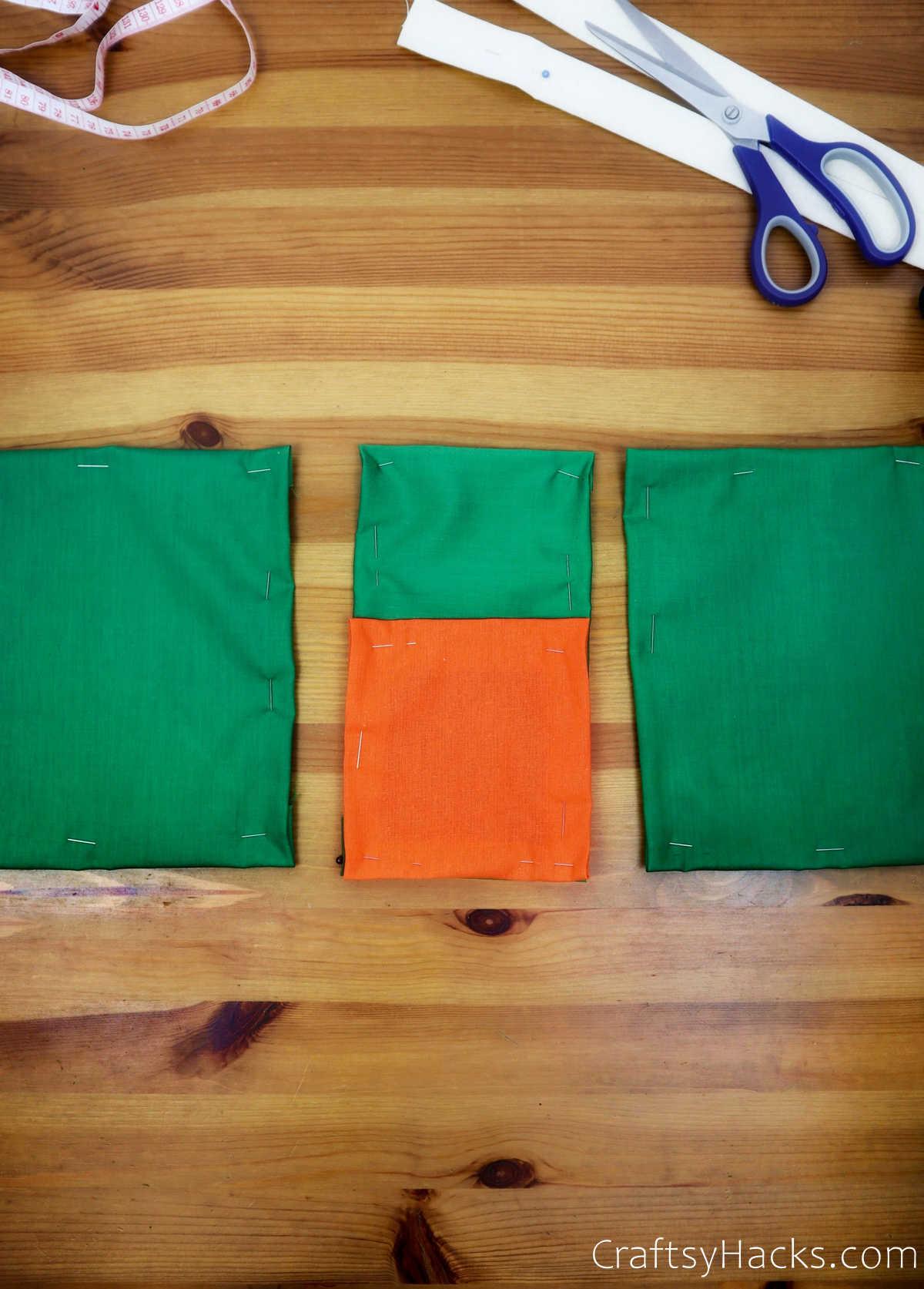 4 fabric pockets
