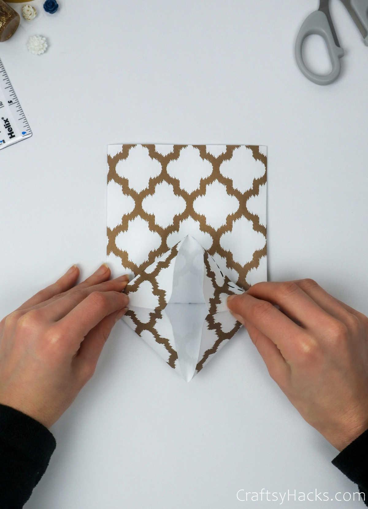 folding in edges