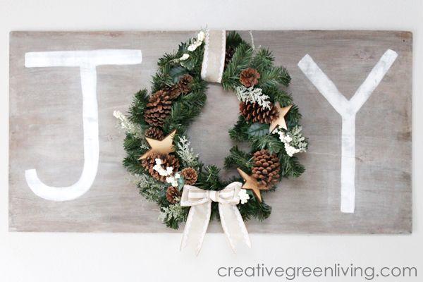 Faux Barn Wood Christmas Wreath Sign