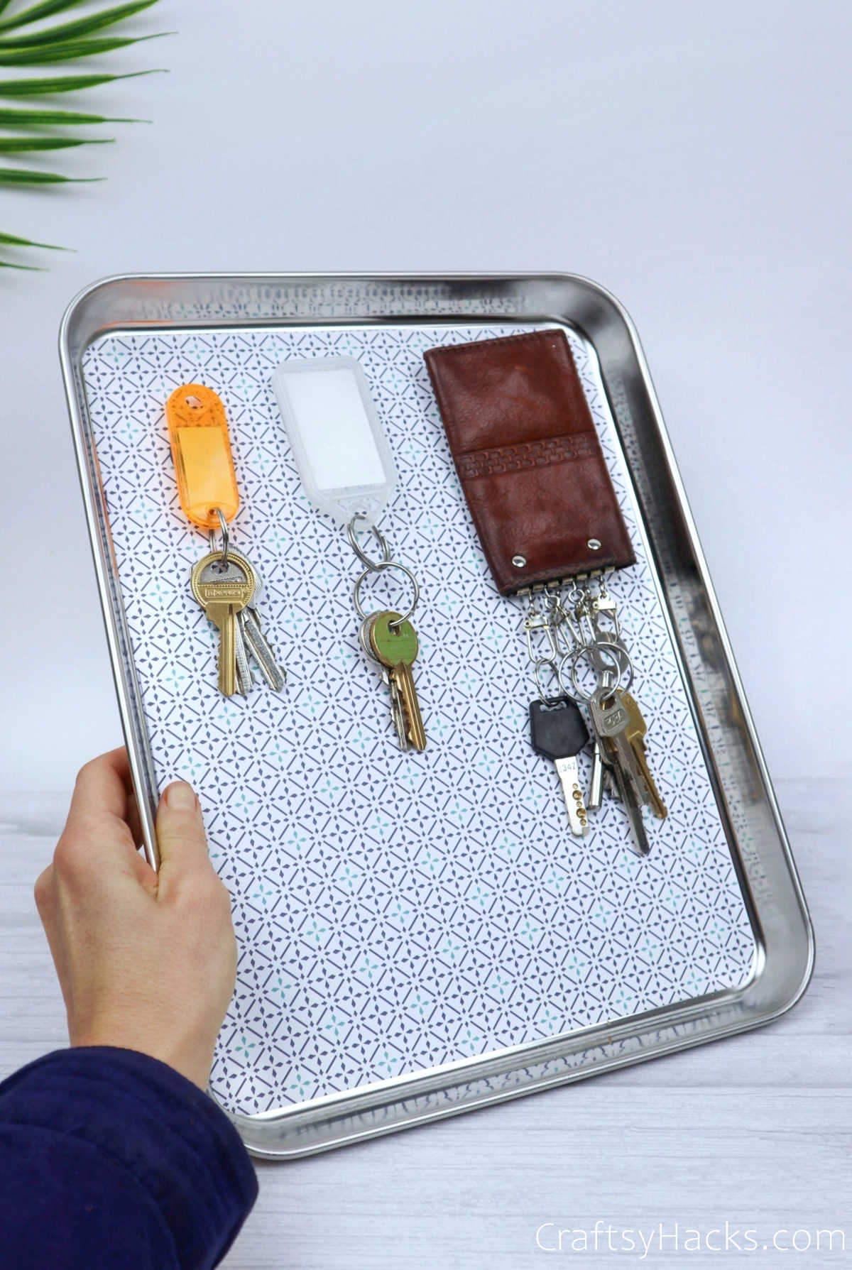 keys on magnetic organizer