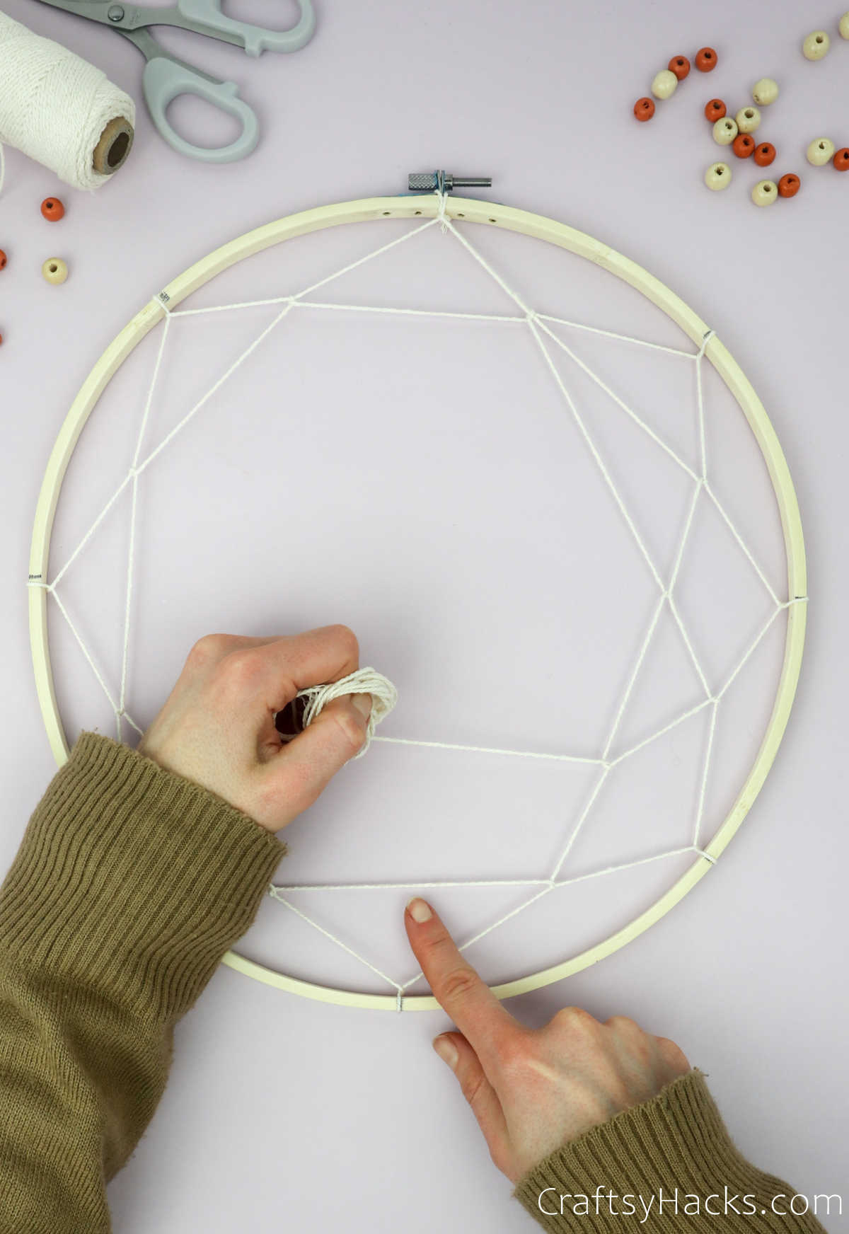 wrapping string all the way around hoop