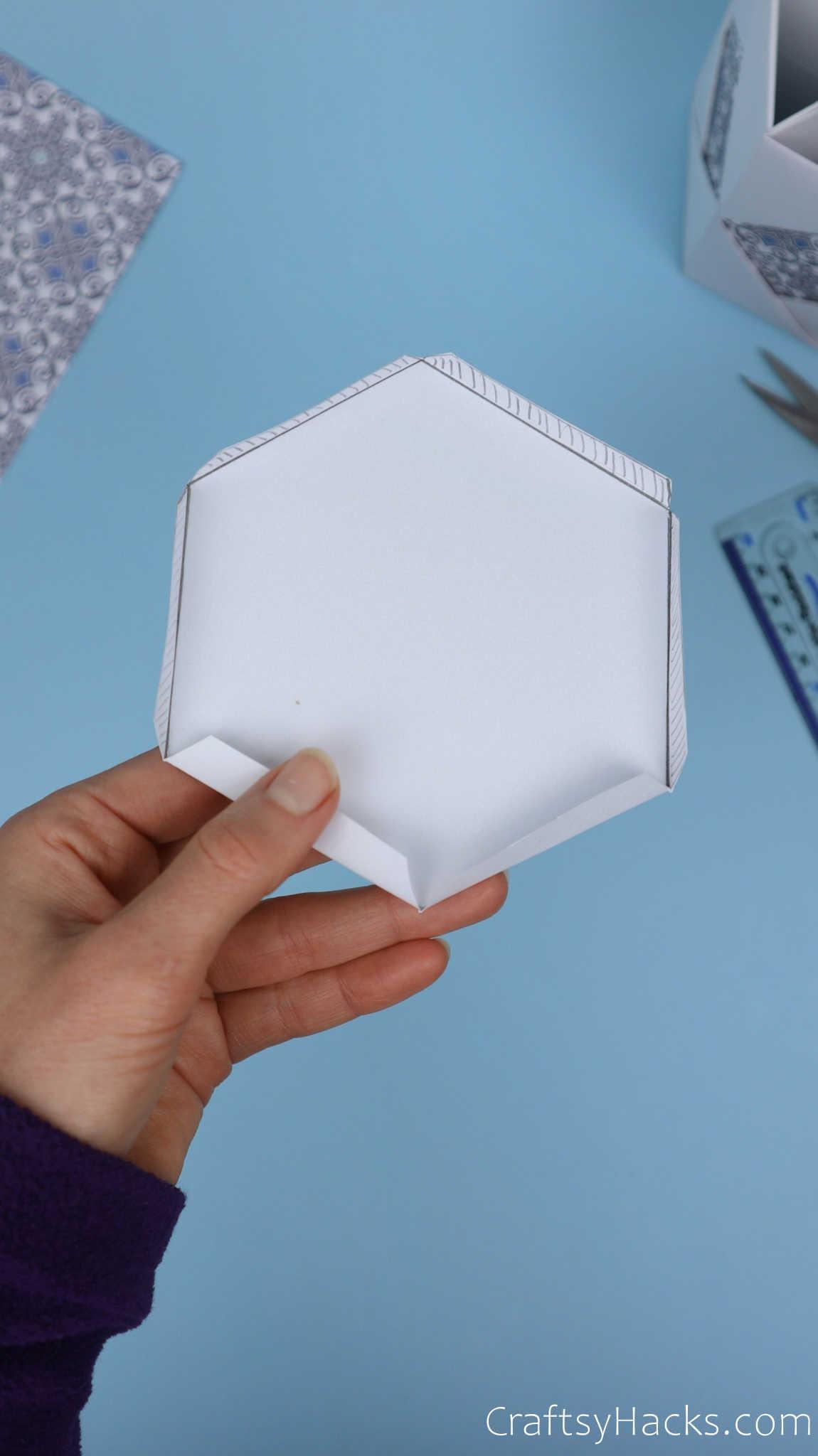 folding sides on bottom